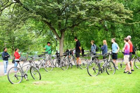 NYC: Central Park Bike Tour & Circle Line's Landmarks Cruise