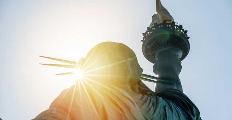 Excursão privada à Ellis Island com acesso à Estátua da Liberdade