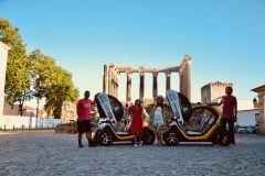 Évora: Excursão histórica de carro elétrico autoguiado de 4 horas com GPS