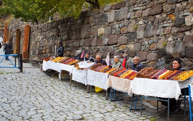 Yerevan: Private Garni, Geghard, Lake Sevan, en Dilijan Tour
