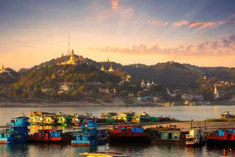 From Mandalay: Irrawaddy River Cruise to Bagan