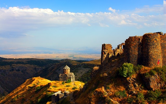 Armenië: privétour naar het fort van Amberd en het meer van Kari