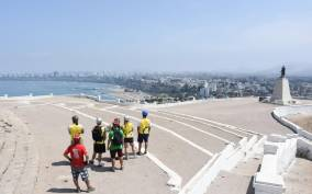 Lima: Full-Day Small Group Walk and Bike with a Local