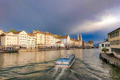 Zurich: 1.5-Hour Walking Tour incl. Boat and Funicular Ride