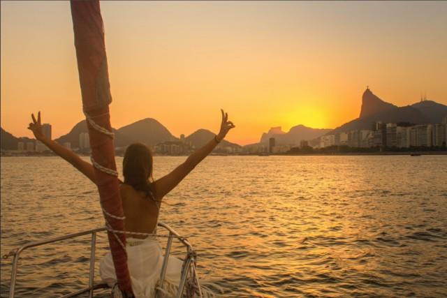 Rio de Janeiro: Sunset Sailing Tour
