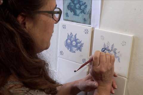 Portimão: 2-Hour Guided Handicraft Workshop Tour
