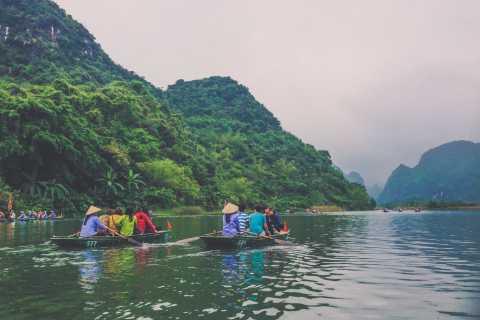 Hoa Lu & Trang An: Ganztägig ab Hanoi mit Bootsfahrt