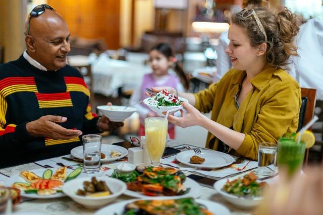 Dubai Private Food Tour: 10 smaken