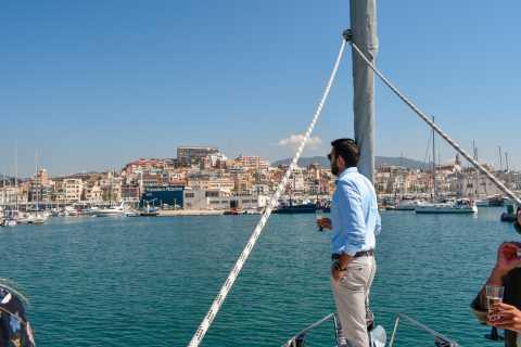 Barcelona: crucero en velero y visita a un viñedo con cata