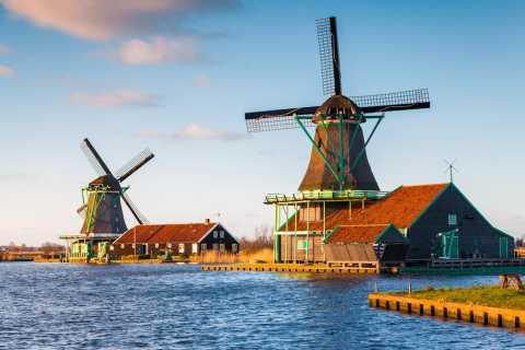 From Amsterdam: Windmills of Zaanse Schans Tour in Spanish