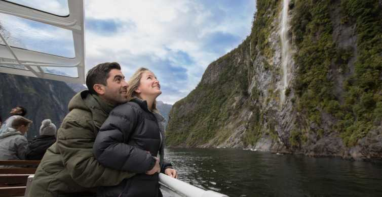 Milford Sound Coach Tour & Boutique Cruise from Queenstown