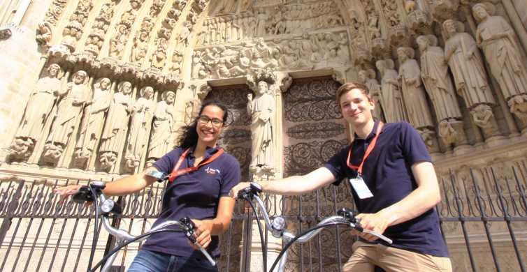 Paris Bike Tour: Highlights and Secrets