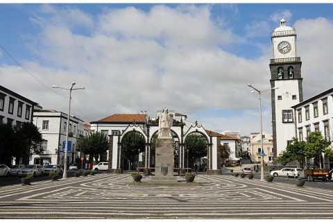 Ponta Delgada: Historical Walking Tour