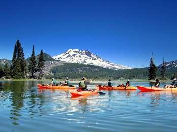 Biegung: Halbtägige Kajaktour durch die Cascade Lakes
