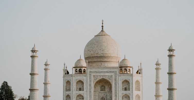 Agra: entrada sin colas al Taj Mahal con acceso al mausoleo