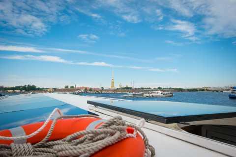 """San Pietroburgo: tour in barca nella """"Venezia del Nord"""""""