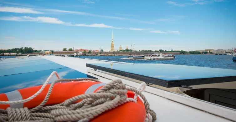 """Pietari: """"Pohjoisen Venetsian"""" päiväretki veneellä"""