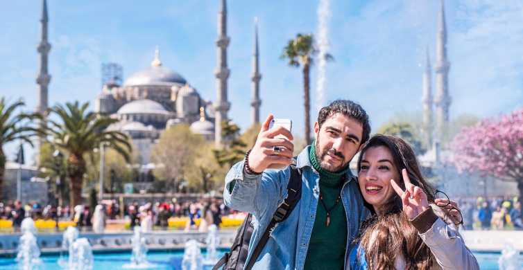 Istanbul: Blue Mosque and Old Town Guided Historical Tour