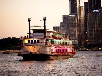 Sydney Hafen: Showbootfahrt mit 3-Gänge-Abendessen