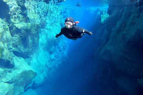 Silfra: Schnorchel- und Golden Circle Tour mit kostenlosen Fotos