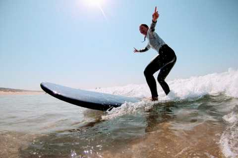 Lisbon: Surf or Bodyboard and Wine Tasting