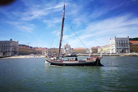 Lisbon: River Tagus Guided Sightseeing Cruise