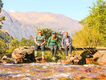 Cusco: 4-tägiger Lares-Treck zum Machu Pichu mit Panoramazug
