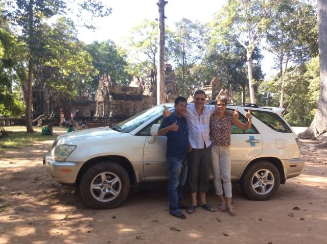 Phnom Penh: Private Taxi Transfer to Siem Reap