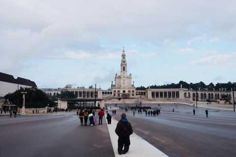 Fátima, Óbidos, Batalha, & Nazaré Private Tour