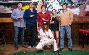Nashville: 2-Hour Golf Cart Bar Crawl Tour