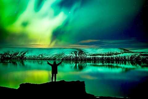 From Reykjavik: 3-5 Hour Northern Lights Mystery Tour