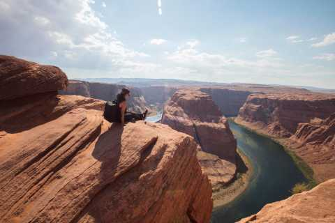 Antelope Canyon, Monument Valley & Horseshoe Bend 3-Day Tour