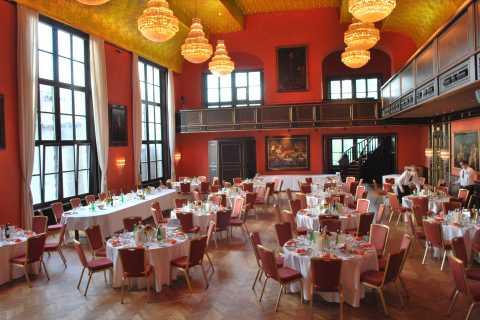 Munich Künstlerhaus: Classical Music and Dinner