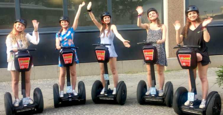 Berlin: Best of East and West Segway Tour