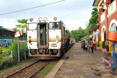 Excursão de dia inteiro em Yangon com passeio de trem circular