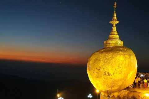 From Yangon: Overnight Tour to Golden Rock and Bago
