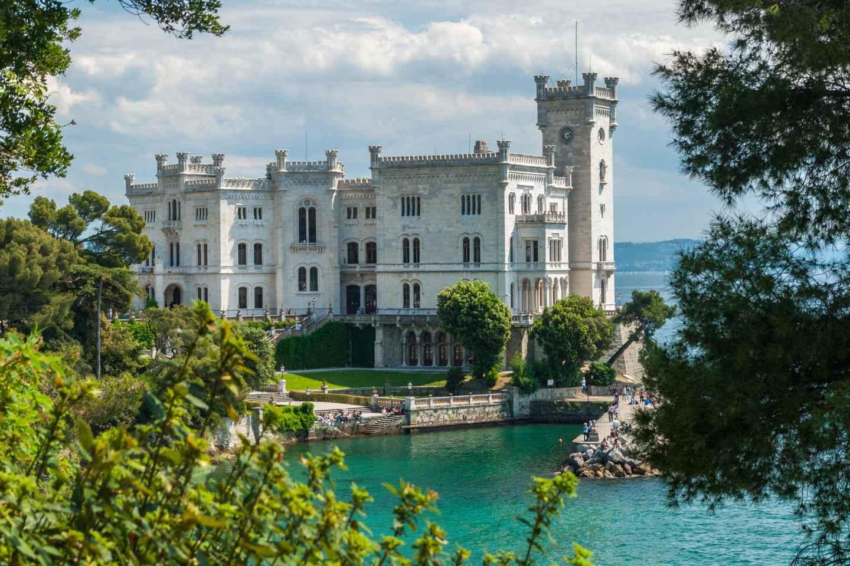 Triest: Schloss Miramare ohne Anstehen & privater Transfer