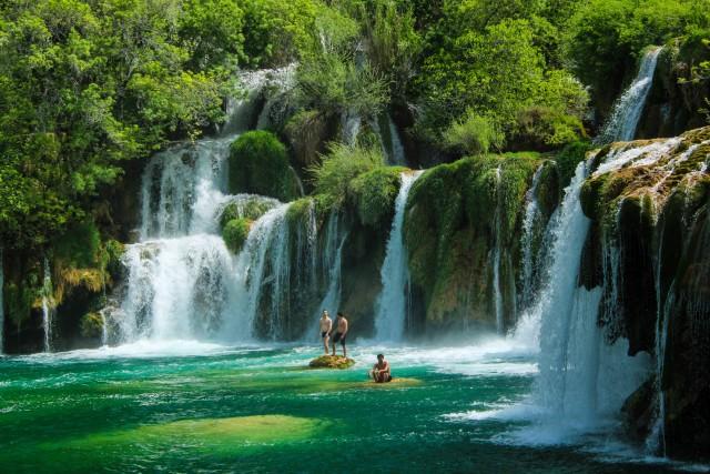 Uit Split: tour Krka-watervallen & rondvaart van 30 minuten