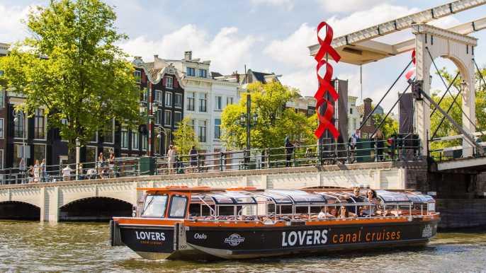 Ámsterdam: paseo en barco semidescubierto por los canales