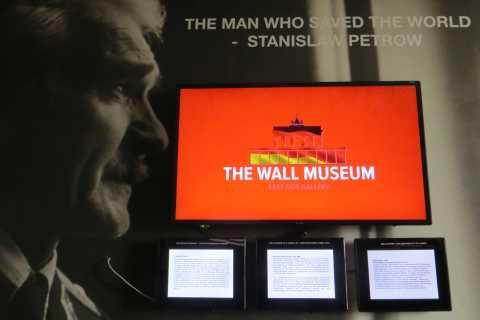Berlin: The Wall Museum East Side Gallery Ticket
