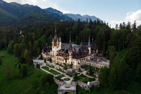 From Bucharest: Day Trip to Sinaia