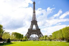 Paris: 2° Andar da Torre Eiffel pela Escada c/ Topo Opcional