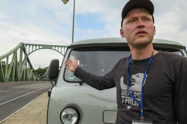 Potsdam: Stadtrundfahrt in einem sowjetischen Minibus