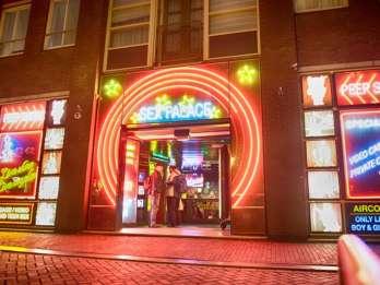 Amsterdam: Rotlichtviertel- und Coffeeshop-Tour. Foto: GetYourGuide