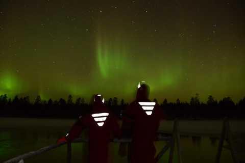 De Rovaniemi: Flutuando no gelo sob a Aurora Boreal