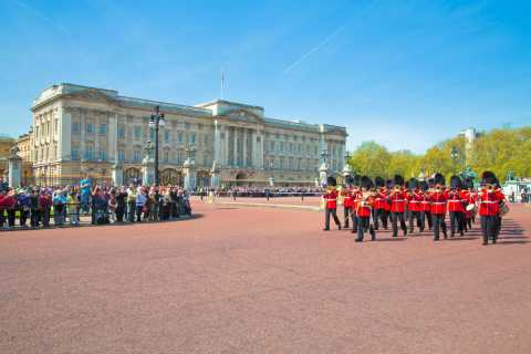 Royal London Tour with Changing of the Guard Ceremony