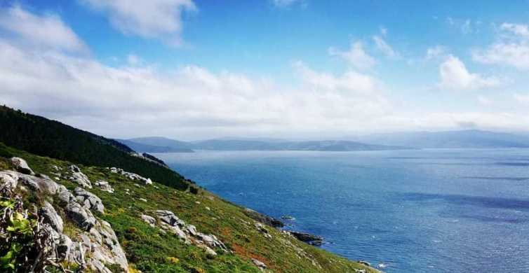 Full-Day Finisterre & Muxia Guided Tour from Santiago