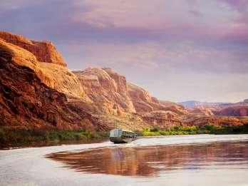 Moab: Colorado River Sunset Bootstour mit optionalem Abendessen