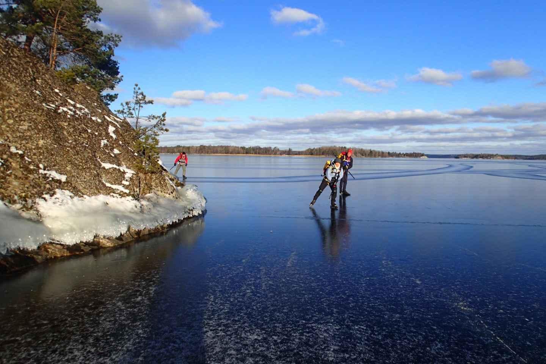 Stockholm: Schlittschuhlaufen auf Natur-Eis