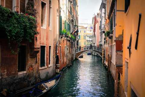 Veneza: Passeio Particular de Gôndola p/ até 6 Pessoas
